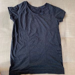 ZELLA athletic shirt
